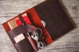 leather gift ideas portfolio