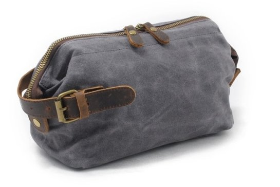 women waxed canvas dopp kit