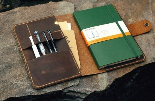 personalized leather planner