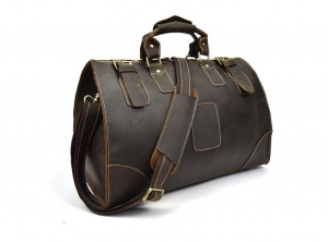 brown leather travel bag