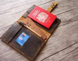 travelling passport holder